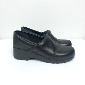 LL Bean Black Clogs Slip On Comfort Leather Shoes